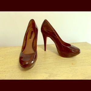 Zara Shoes - Zara Woman platform stilettos in tortoise pattern